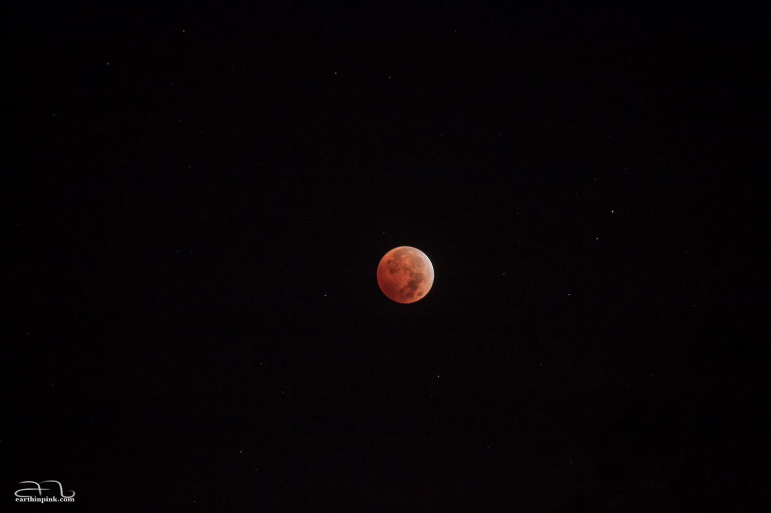 Total lunar eclipse on October 8th, 2014.