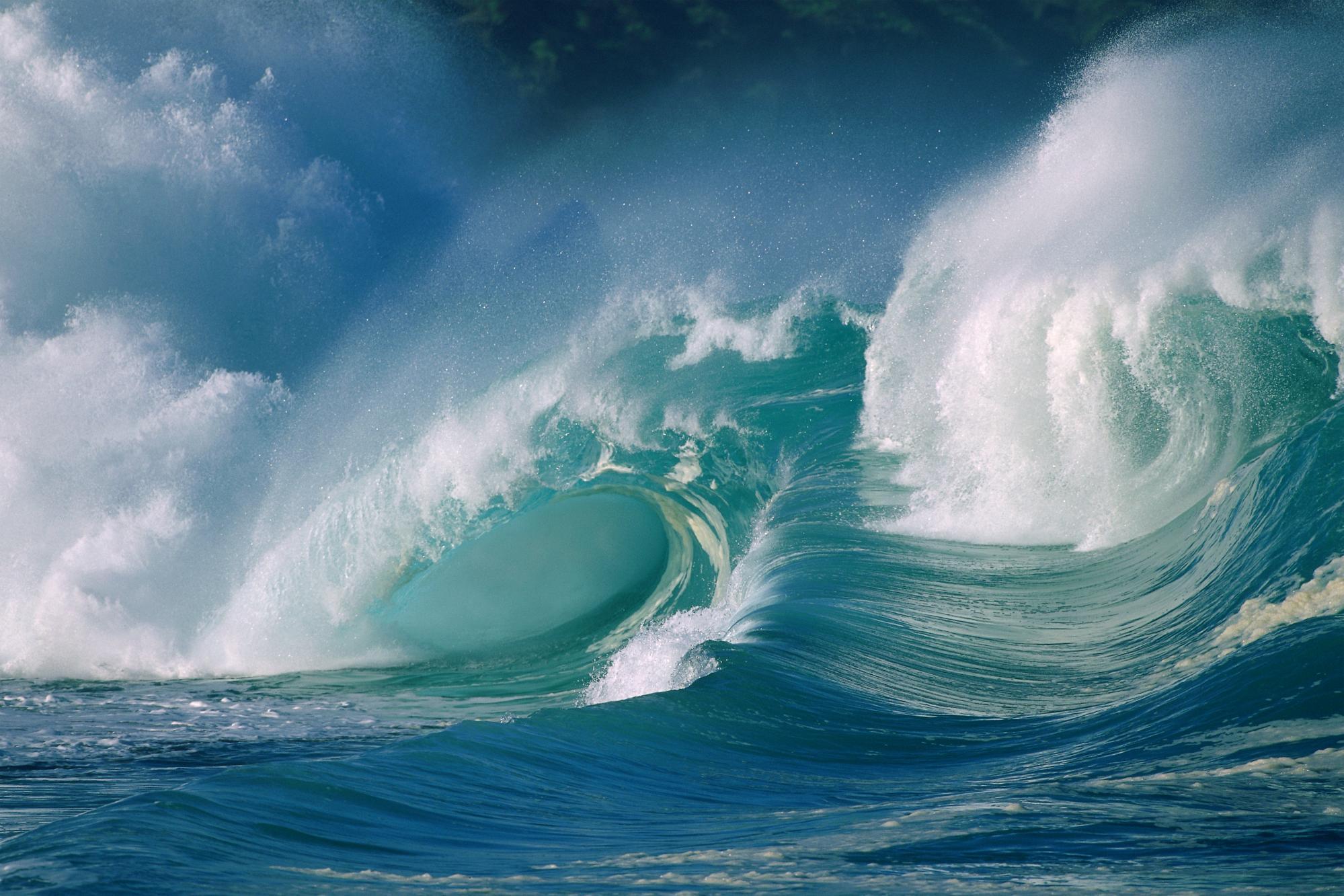 Waves in the Intergalactic Ocean – earth in pink